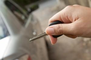 Für viele Versicherungen könnte es der Schlüssel zum Erfolg sein: Autos mit Fahrtenschreiber (Blackbox), damit der Versicherungsnehmer Rabatt bekommt.
