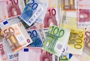 2219 Euro gibt jeder Deutsche im Schnitt jährlich für Versicherungen aus