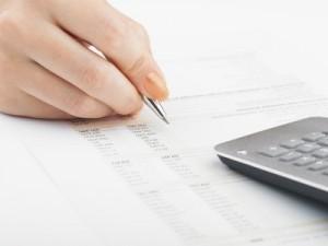 Ein Versicherungs- und Finanzcheck gibt Auskunft darüber, welche Versicherungen Sinn machen.